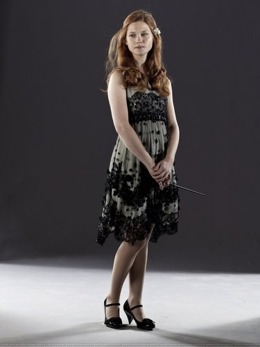 Bonnie Wright wallpaper containing a cocktail dress called New Photoshoot from DH part 1