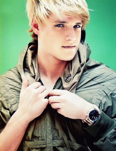 Peeta Mellark (Josh Hutcherson) - the-hunger-games Photo