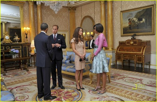 Prince William and Kate Middleton wallpaper containing a business suit, a suit, and a well dressed person called Prince William & Kate Middleton Meet President Obama