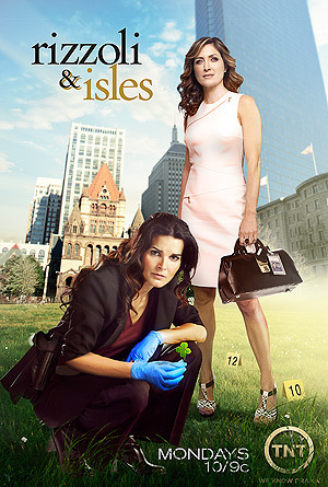 Rizzoli & Isles wallpaper possibly containing bare legs, a cocktail dress, and a hip boot entitled Rizzoli & Isles