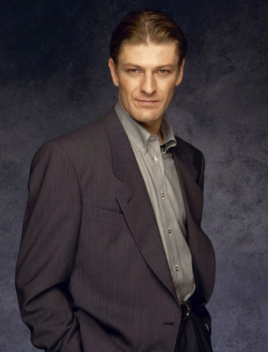 Sean Bean wallpaper with a business suit titled Sean Bean
