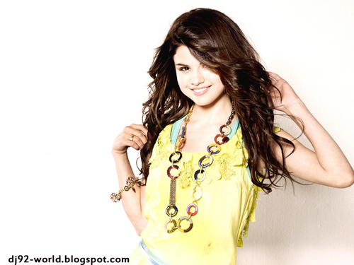 Selena Gomez EXCLUSIF18th HIGHLY RETOUCHED QUALITY pHOTOSHOOT bởi dj!!!...