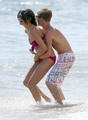 Selena Gomez in a Bikini on the pantai in Maui with Justin Bieber