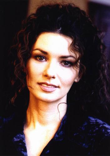 Shania Twain wallpaper with a portrait entitled Shania Twain