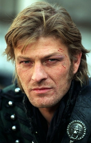 Sean Bean wallpaper possibly containing a green beret, fatigues, and battle dress titled Sharpe