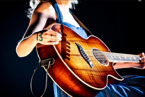Speak Now Tour 2011 Promotional चित्रो