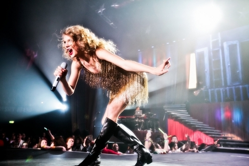 Speak Now Tour 2011 Promotional Fotos