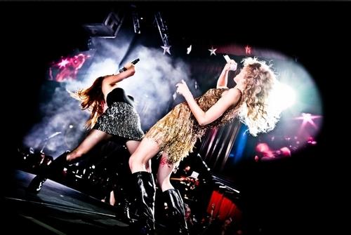 Speak Now Tour 2011 Promotional foto