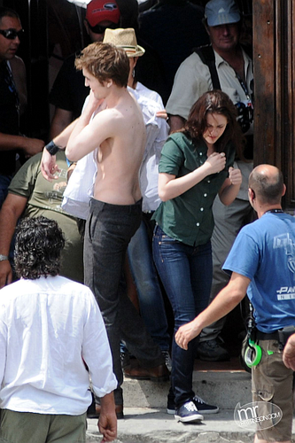 new moon set