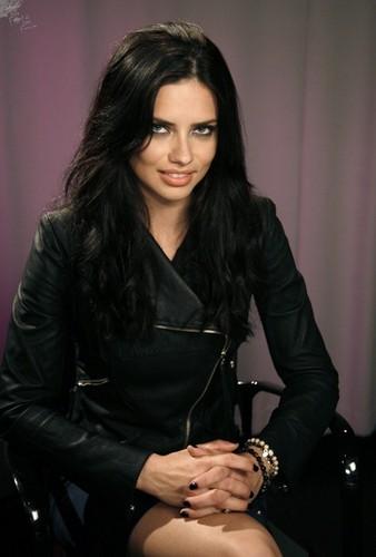 05-19 Adriana Lima at the Mondrian SoHo for Victoria's Secret