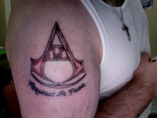 Assassins Creed / Legend of Zelda Triforce Tattoo (unfinished)