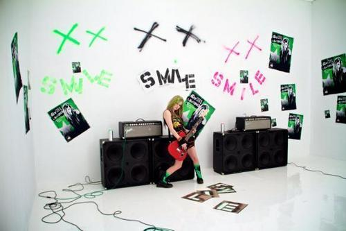 Avril Lavigne foto from album Goodbye Lullaby