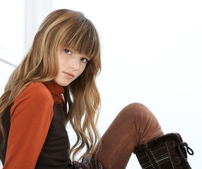 Bella thorne 写真 shoots for Aldo Kids