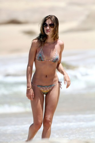 Bikini Candids at the spiaggia in Mexico
