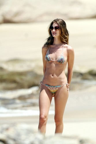 Bikini Candids at the beach, pwani in Mexico
