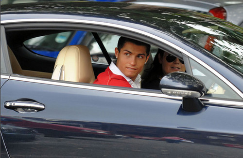 Cristiano Ronaldo Shopping in Manchester
