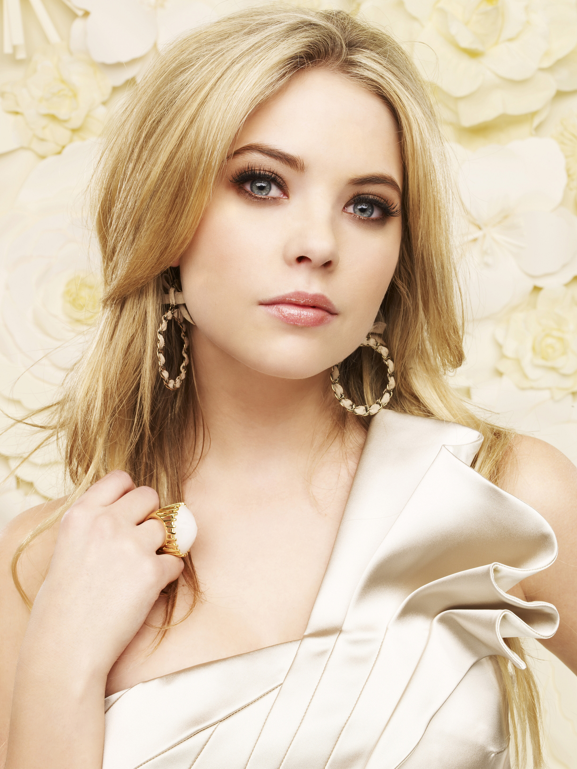 Hanna Marin Hbic Characters Photo 22411532 Fanpop