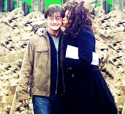 Harry and Bellatrix - On Set
