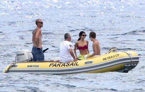 Jelena in Hawaii ♥.
