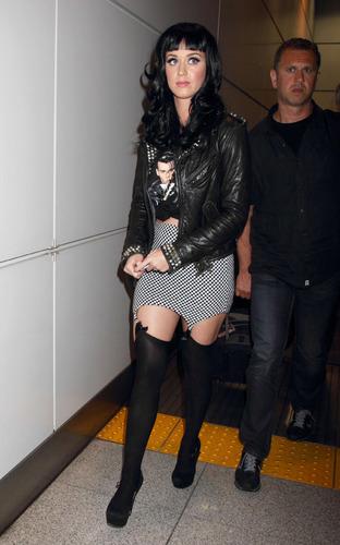 Katy In Japan 23 05 2011