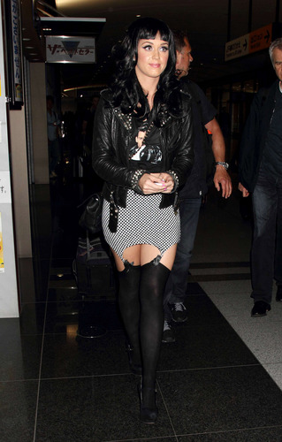 Katy In 日本 23 05 2011