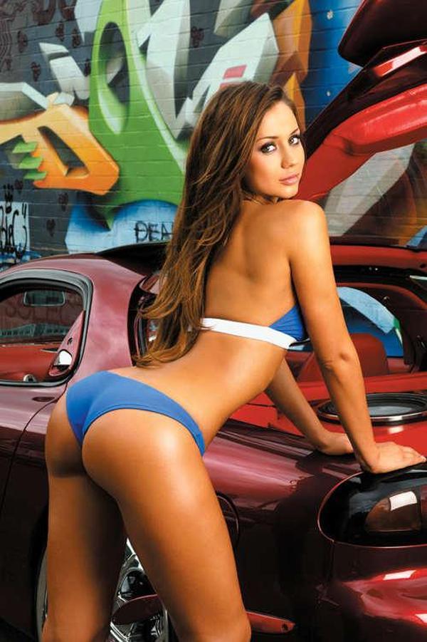 babe bikini car hot