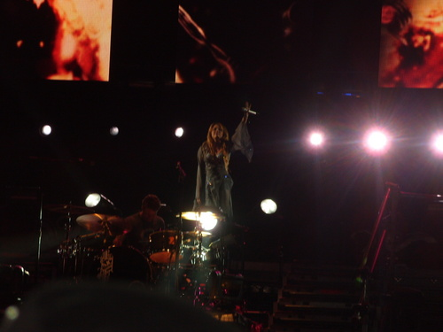 Miley - Gypsy puso Tour (2011) - On Stage - Mexico City, Mexico - 26th May 2011