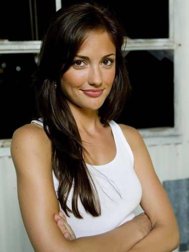 Minka Kelly wallpaper containing a portrait titled Minka Kelly♥