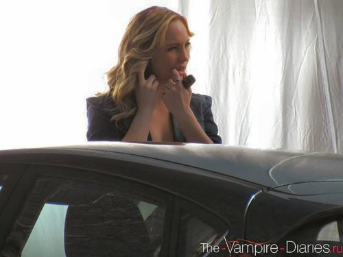 New/Old 防弹少年团 照片 of Candice on set of TVD!