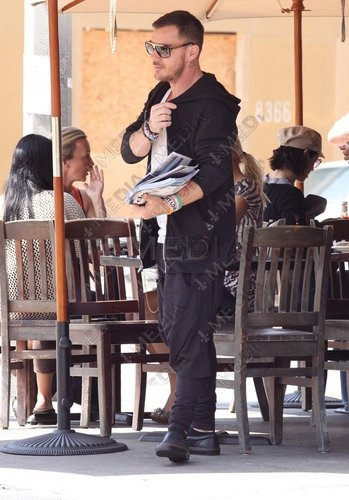 Shannon in West Hollywood - 24 May 2011