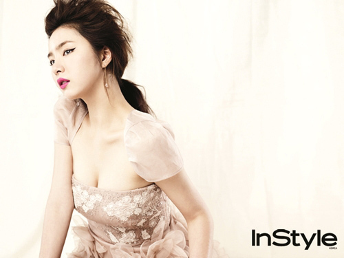 Shin Se Kyung wallpaper entitled Shin Se Kyung - For Instyle