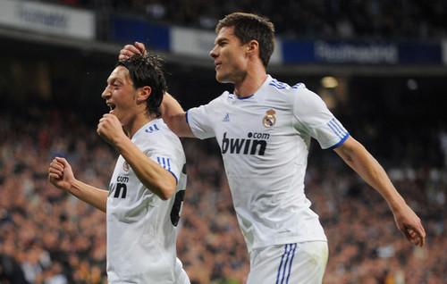 X.Alonso & M.Ozil