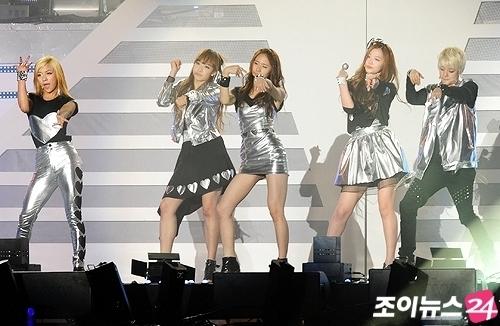 f(x) Dream concierto (28-5-2011)