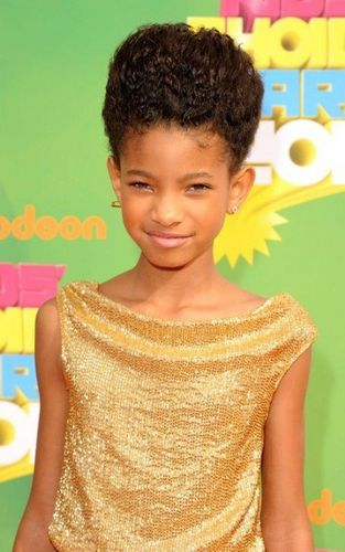 Willow Smith Hintergrund entitled willows kca dress