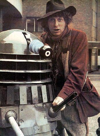 4th Doctor + Daleks