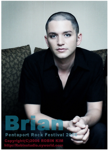 Brian Molko wallpaper probably with a business suit and a portrait called Bri:*:*