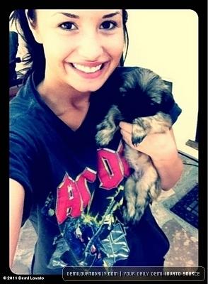 DEmi Lovato Personal Picture