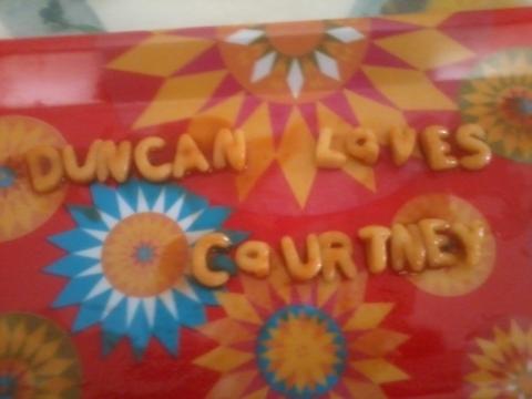 Duncan loves Courtney