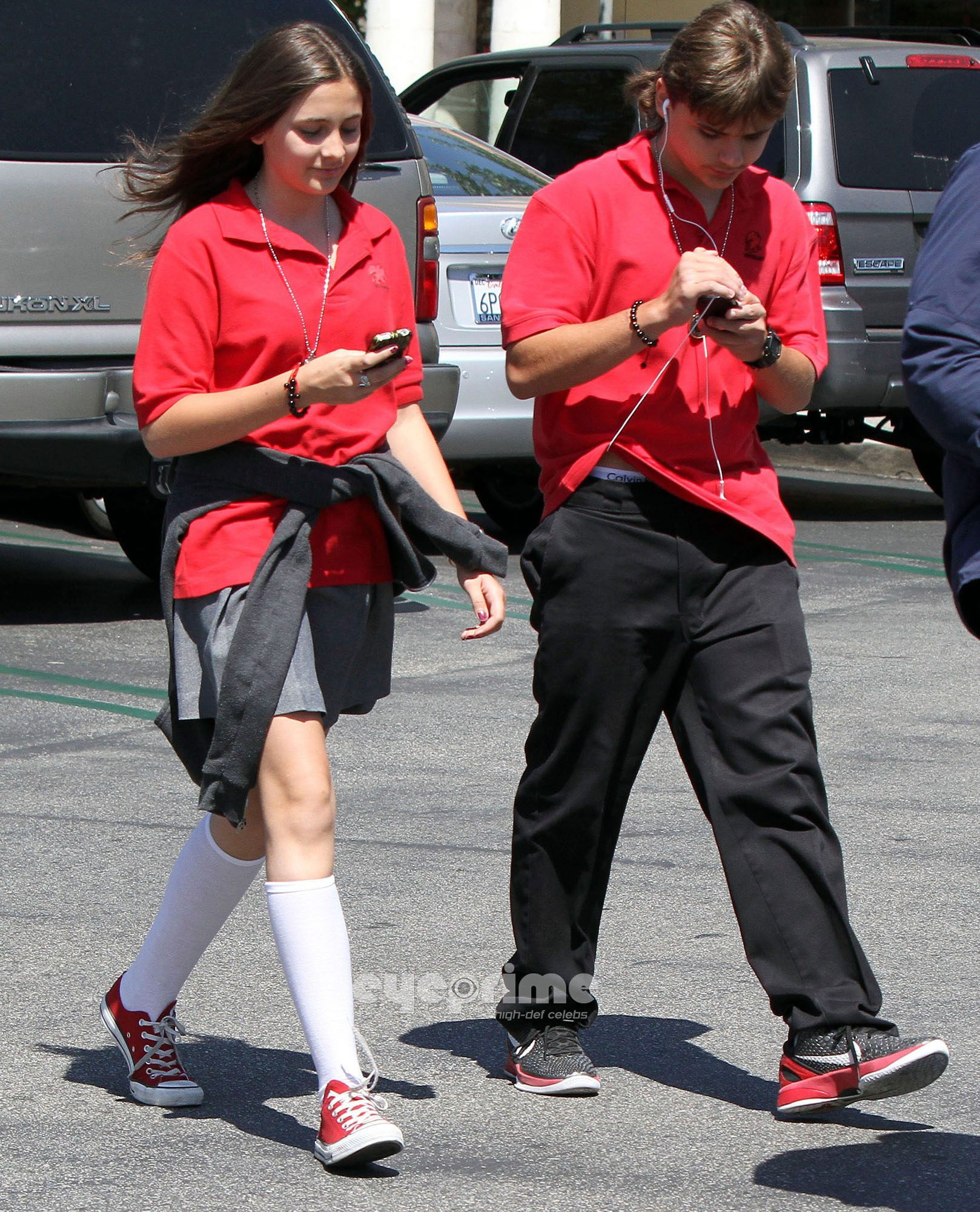 HQ-Prince and Paris On Their Way To Acting Class 5/31/2011