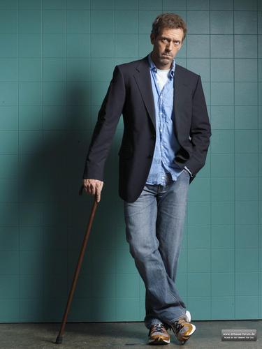 Hugh Laurie - House Season 3 - 2x HQ Unreleased Promotional photos