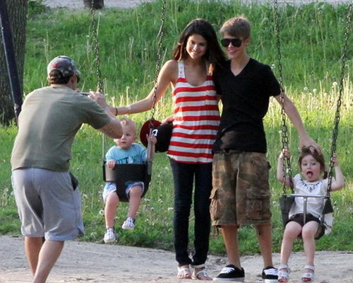 IT'S SERIOUS: SELENA MEETS JUSTIN'S FAMILY