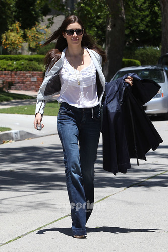 Jessica Biel leaves a friend's House in Hollywood, June 1st