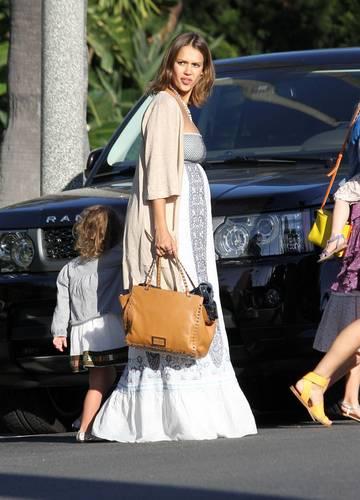 Jessica - Leaving Rachel Zoe's Memorial 일 party in Los Angeles - May 30, 2011