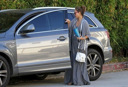 Jessica - Out in Hollywood - June 01, 2011