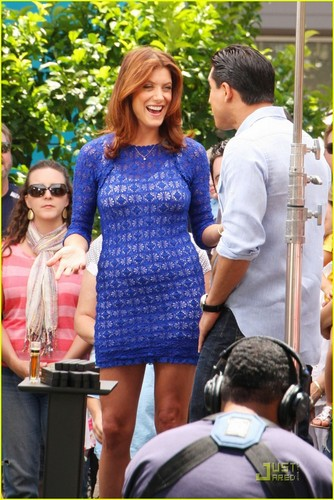Kate Walsh: My Fried Chicken Is 'Insaneballs'!