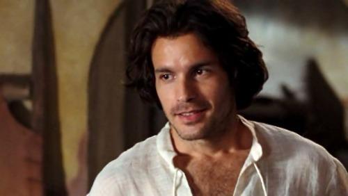 si nos heros etaient des personnages de series actuelles ?- - Page 3 Lancelot-santiago-cabrera-22506855-500-282