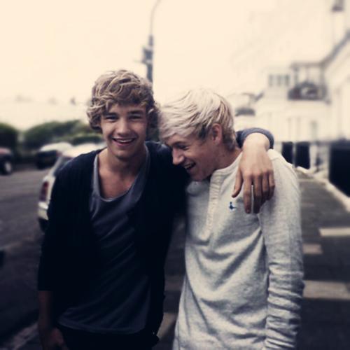 Liam&Niall<3