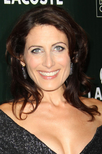 Lisa Edelstein arrives at the 13th Annual Costume Designers Guild Awards