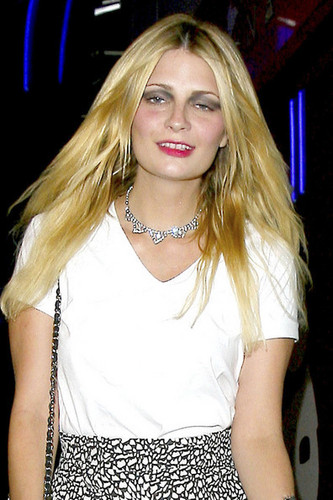 MIscha Barton at Box Nightclub - mischa-barton Photo