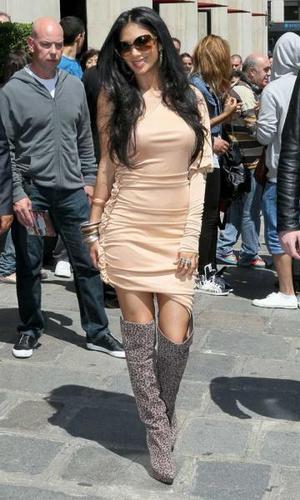 Nicole In Paris 31 05 11